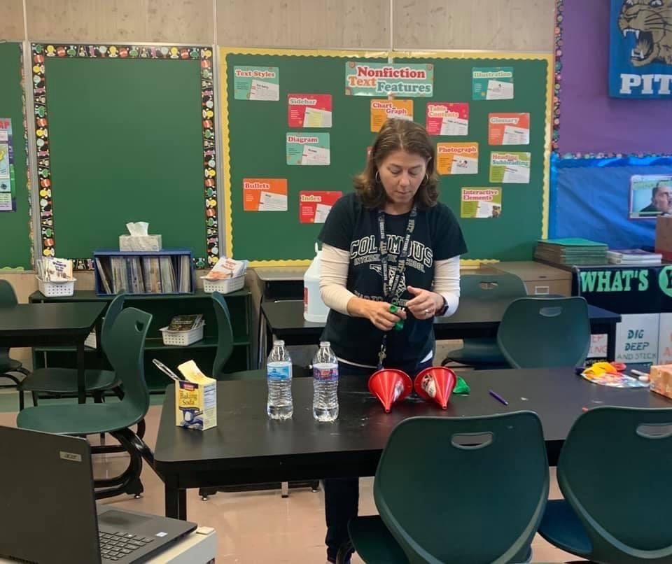 Mrs. Joyce teaches 5th grade students about constants and variables in Science